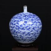 田曼《春》瓷瓶艺术品