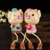 猪猪一家亲摆设玩偶 家居...
