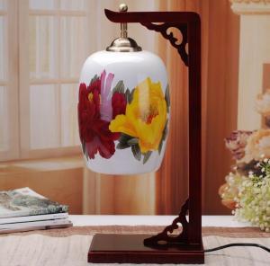 中式创意薄胎陶瓷灯具...