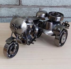 铁皮边三轮侉子摩托车...