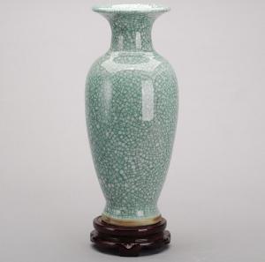 钧瓷裂纹釉冰片花瓶 ...