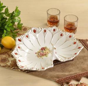 现代陶瓷大果盘孔雀装...